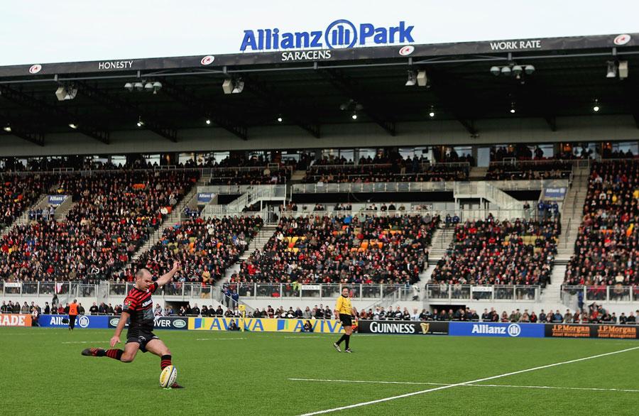 Saracens' Charlie Hodgson slots a kick