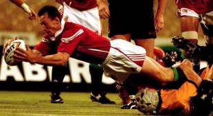 British & Irish Lions' Rob Howley goes over for the try, Western Australia v British & Irish Lions, June 8, 2001
