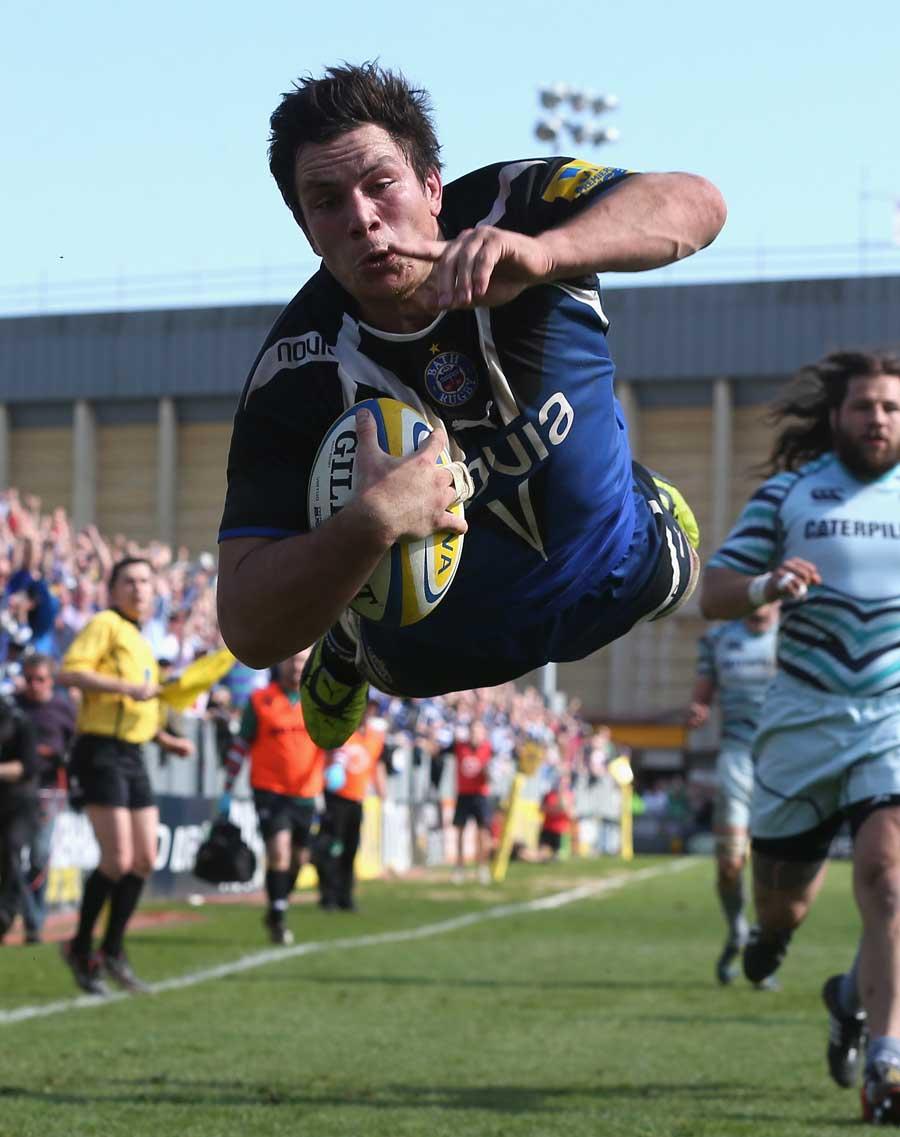 Bath's Francois Louw takes flight against Leicester