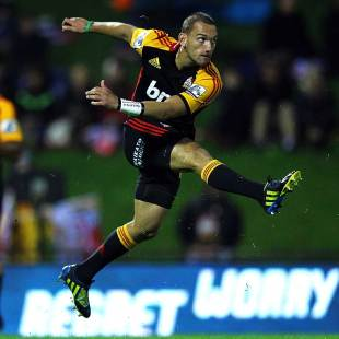The Chiefs' Aaron Cruden gets a kick away, Chiefs v Western Force, Super Rugby, ECOLight Stadium, Pukekohe, May 10, 2013