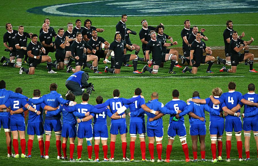 The All Blacks perform the kapo o paga haka