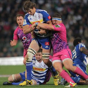 Stormers lock Eben Etzebeth runs the ball, Stormers v Bulls, Super Rugby, Newlands Stadium, Cape Town, July 13, 2013