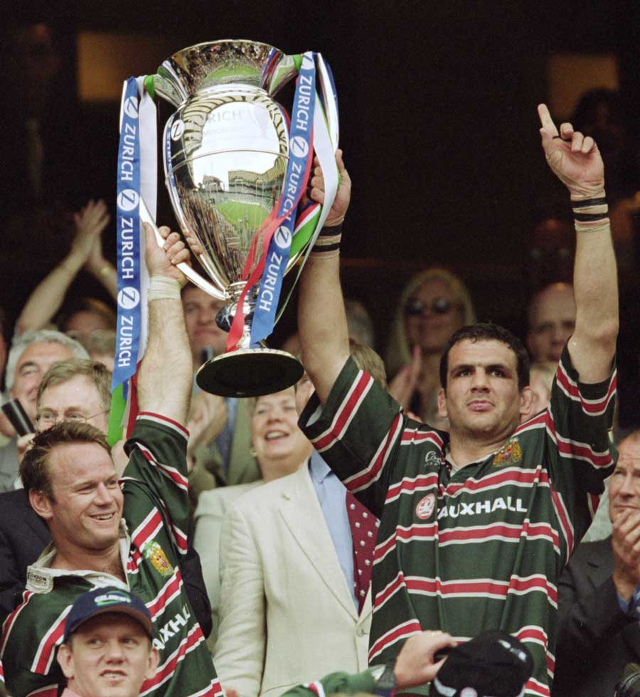 Leicester Tigers' Martin Johnson and Pat Howard lift the Zurich Championship