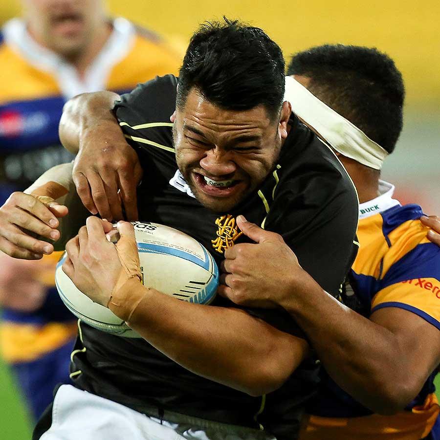 Wellington's Motu Matu'u takes a tackle