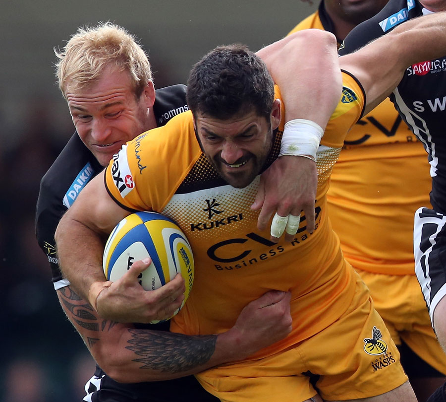 Wasps' Andrea Masi looks to force an opening