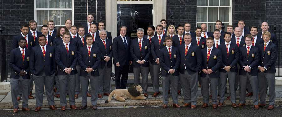 The British & Irish Lions and the Prime Minister pose outside Downing Street