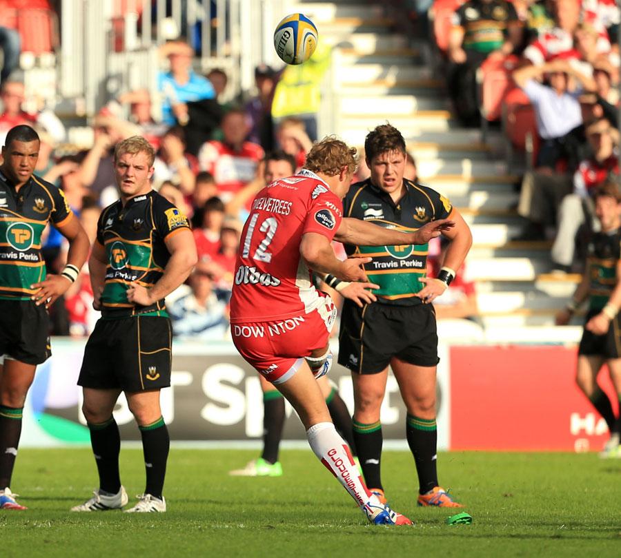 Gloucester's Billy Twelvetrees slots a match-winning penalty