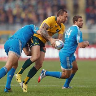 Australia's Quade Cooper teases the defence, Italy v Australia, Stadio Olimpico, Turin, November 9, 2013