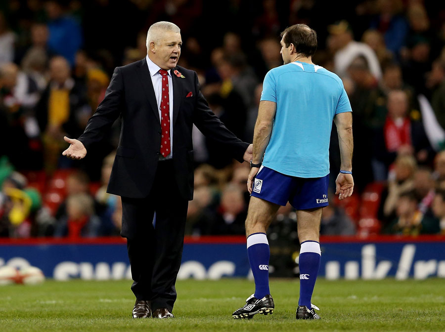 Old friends? Not exactly. Warren Gatland in conversation with referee Alain Rolland