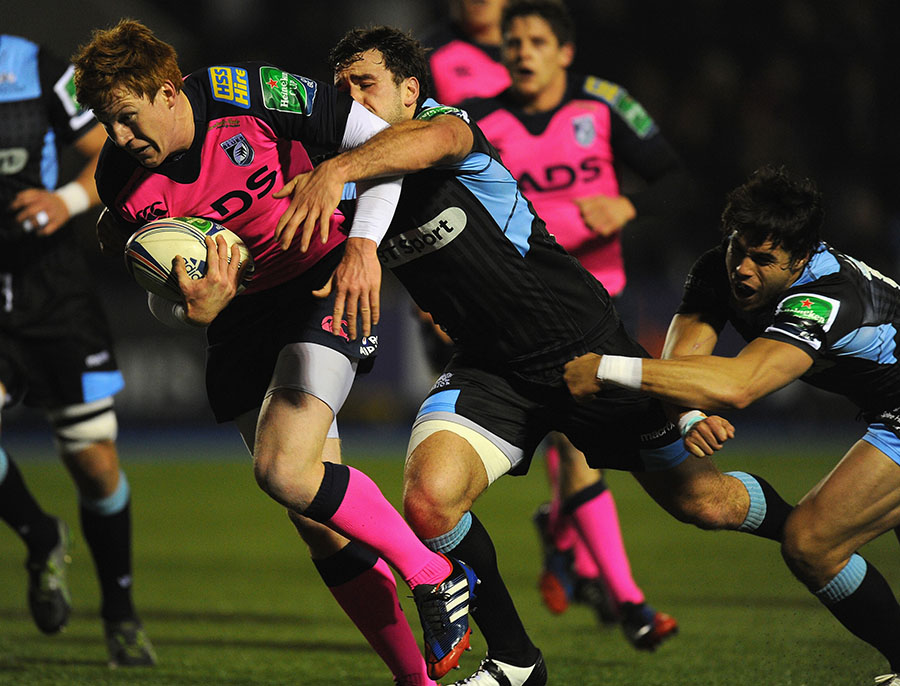 Rhys Patchell powers towards the whitewash at Arms Park against Glasgow Warriors