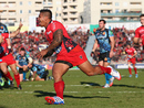 Toulon wing David Smith crosses to score Toulon's first try against Exeter