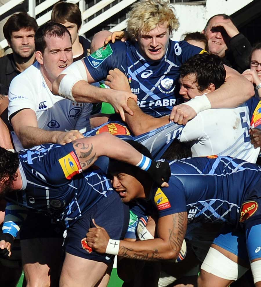 Castres get the push on against Leinster