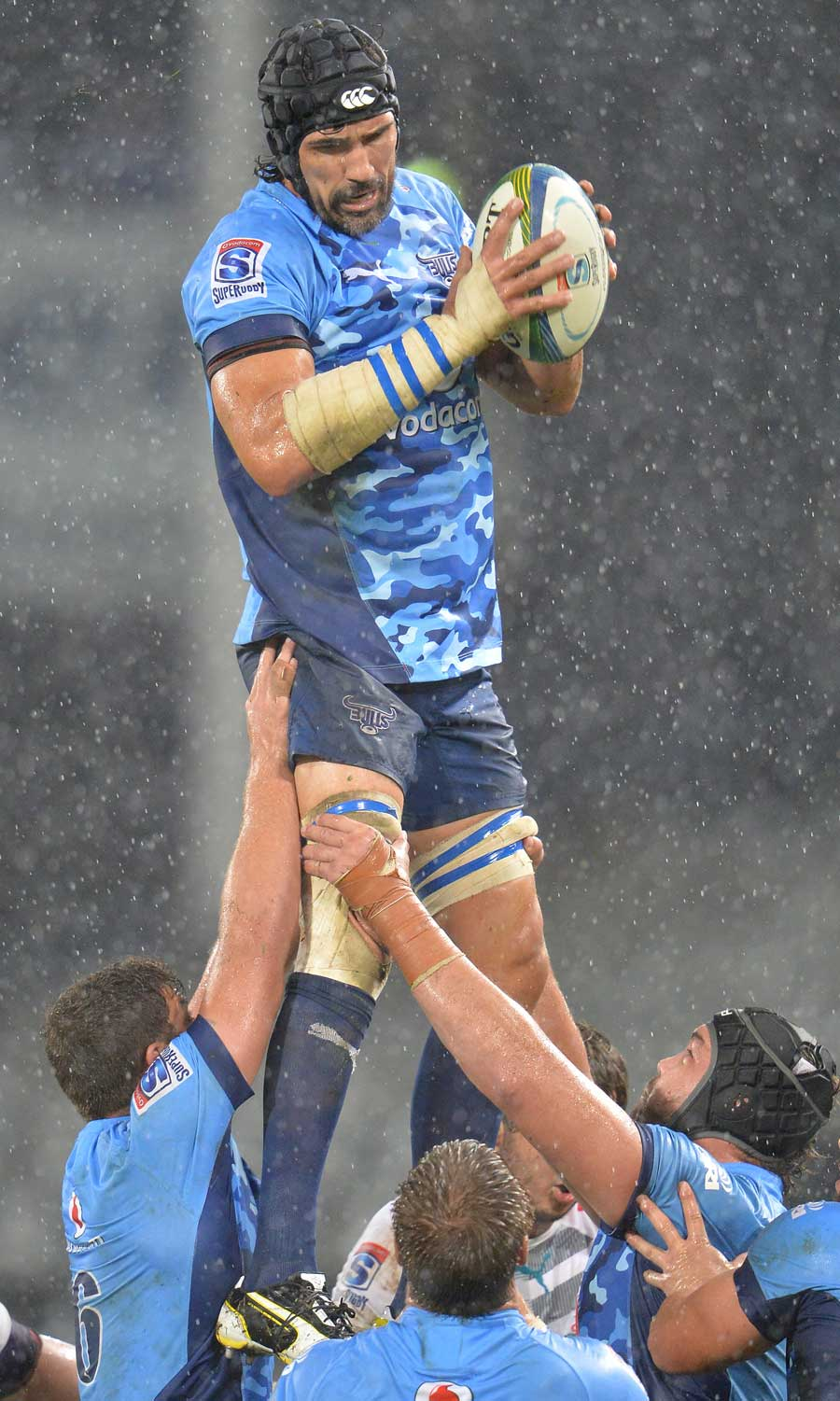 The Bulls' Victor Matfield plucks a lineout in dire conditions
