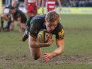 Will Hooley dives over for his try