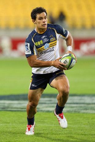 Matt Toomua runs the ball, Hurricanes v Brumbies, Super Rugby,Westpac Stadium, Wellington, March 7, 2014