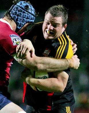 The Chiefs' Ben Castle is tackled by the Reds' defence, Chiefs v Reds, Super 14, Waikato Stadium, Hamilton, New Zealand, April 26, 2008