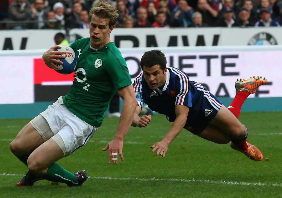 Ireland's Andrew Trimble scores