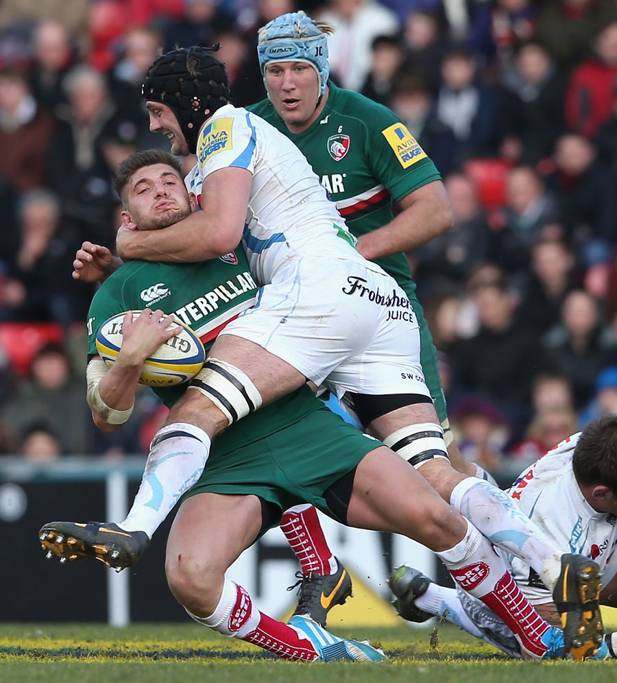 Owen Williams is high tackled by Dean Mumm who received a yellow card