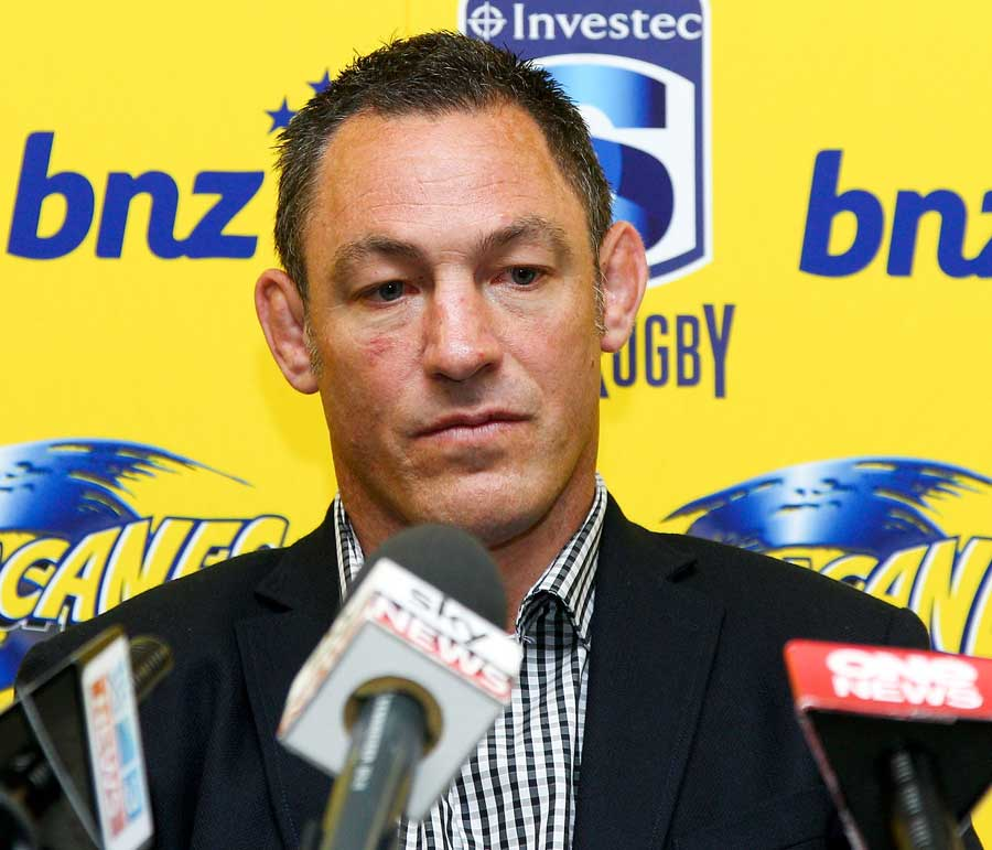 Hurricanes coach Mark Hammett announces he will not seek reappointment at the end of the season