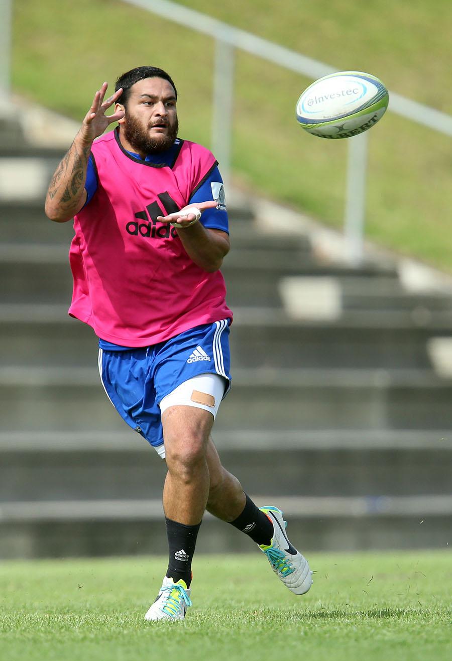 Piri Weepu returns to Blues training following minor heart surgery