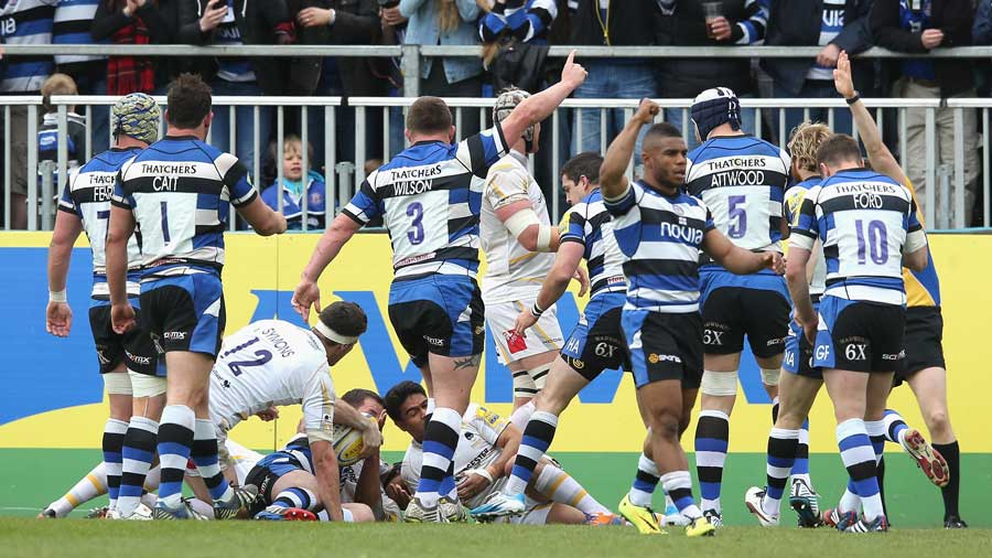 Bath enjoy Micky Young's try