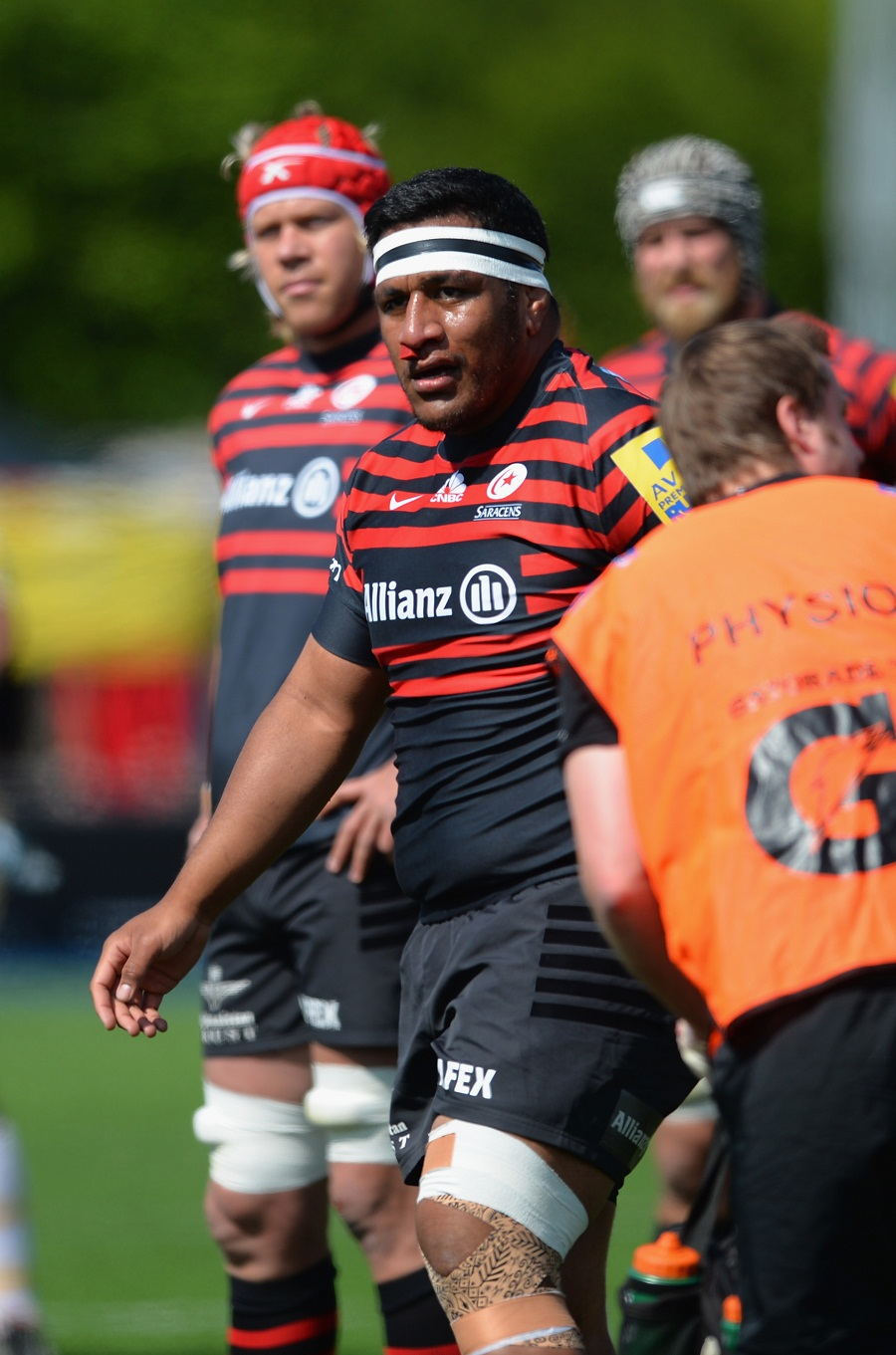 Mako Vunipola of Saracens leaves the field with a bloody nose