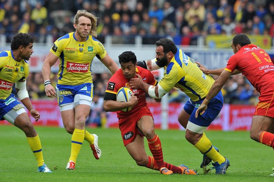 Perpignan's Lifeimi Mafi tries to break through the Clermont defence