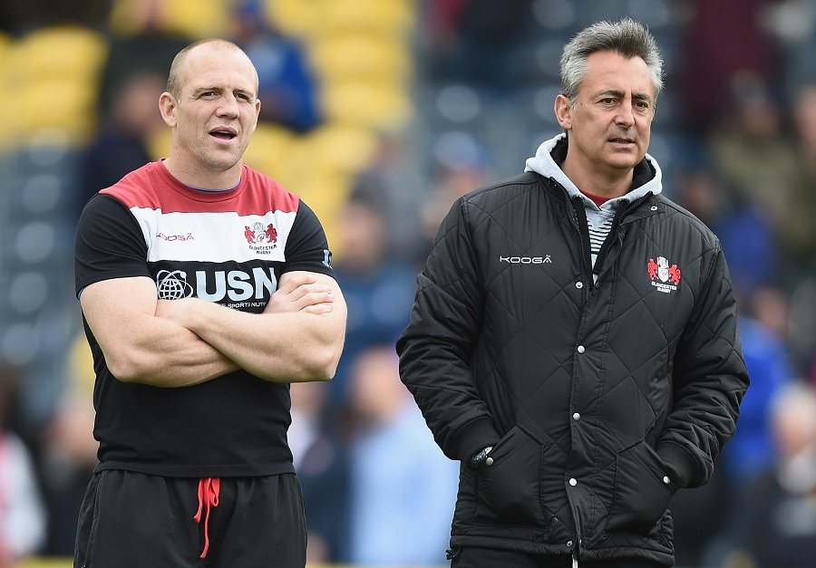 Mike Tindall and Nigel Davies lead the warm-up ahead of Gloucester's clash with Worcester Warriors