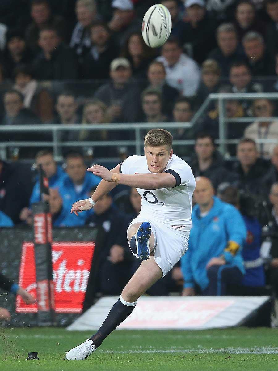 England's Owen Farrell kicks a penalty goal