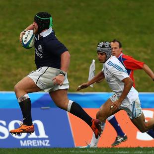 Scotland's Darcy Rae makes a break against Italy, Italy v Scotland, 2014 Junior World Championship, ECOLight Stadium, Pukekohe, June 15, 2014