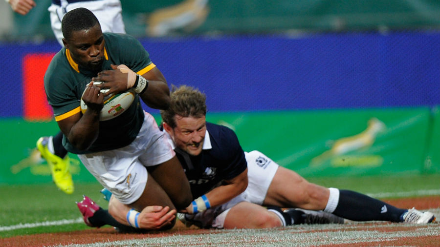 Lwazi Mvovo crosses for South Africa's third score
