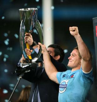 Waratahs' Michael Hooper lifts the Super Rugby trophy, Waratahs v Crusaders, Super Rugby Grand Final, ANZ Stadium, Sydney, Australia, August 2, 2014