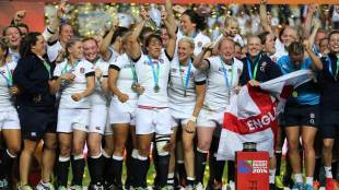 England's Katy Mclean holds aloft the World Cup, England v Canada, 2014 Women's Rugby World Cup, Stade Jean-Bouin, Paris, August 17, 2014