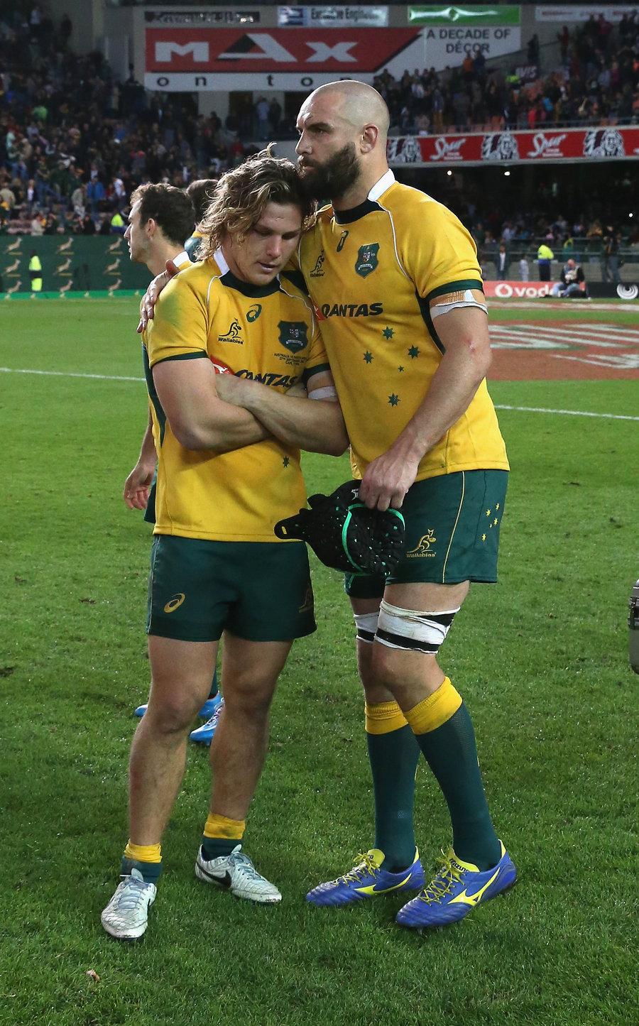 Scott Fardy consoles Wallabies captain Michael Hooper