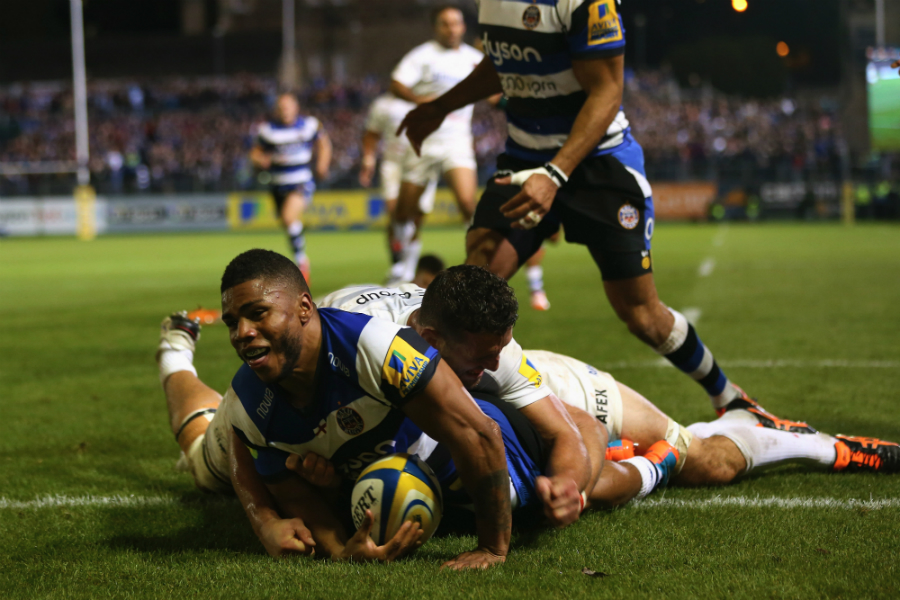 Kyle Eastmond celebrates scoring his side's second try
