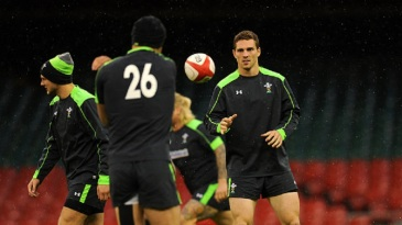 George North receives a pass during Wales training, Millennium Stadium, Cardiff, November 3, 2014