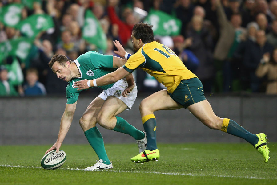 Tommy Bowe touches down for an Ireland try