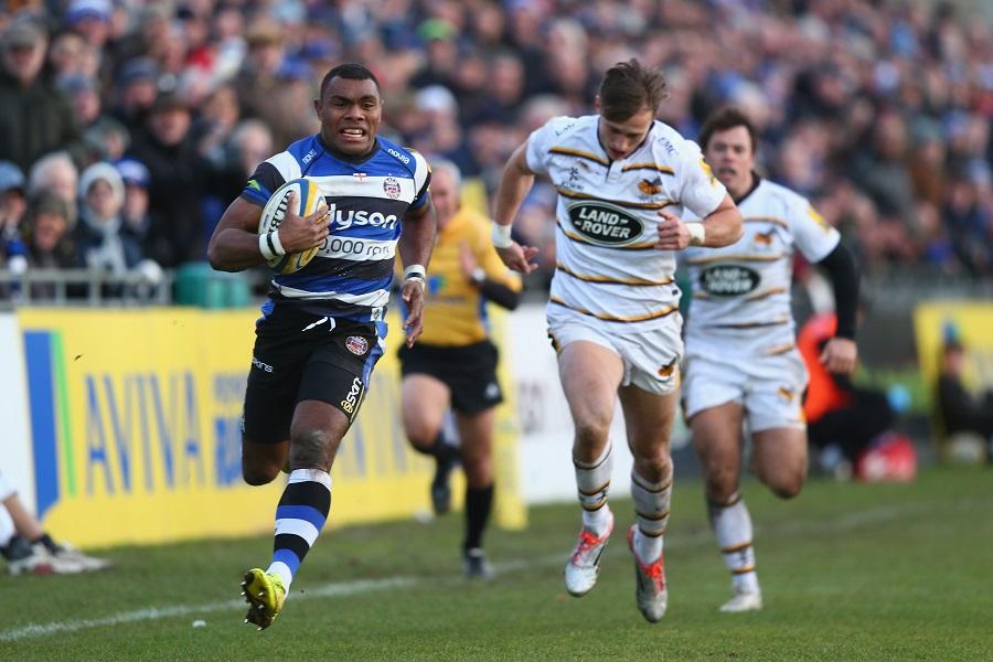 Semesa Rokoduguni sprints away from the Wasps defence
