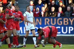 Mathieu Bastareaud scores for Toulon, Toulon v Ulster, European Champions Cup, Stade Félix-Mayol, Toulon, January 17, 2014