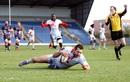 Thibault Regard of Lyon scores against London Welsh