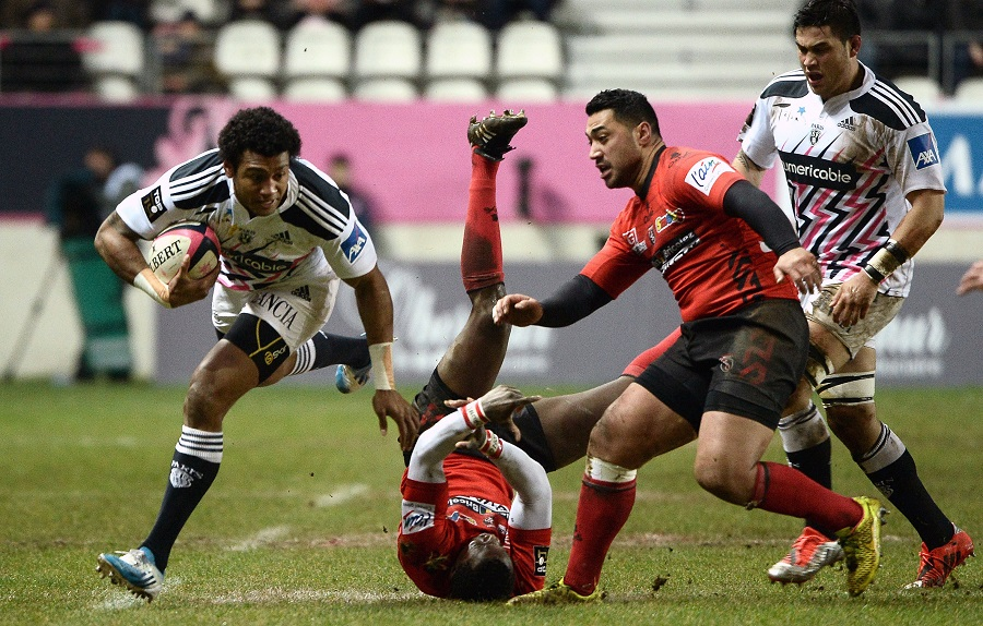 Stade winger Nayacalevu makes a mockery of the Oyonnax defence