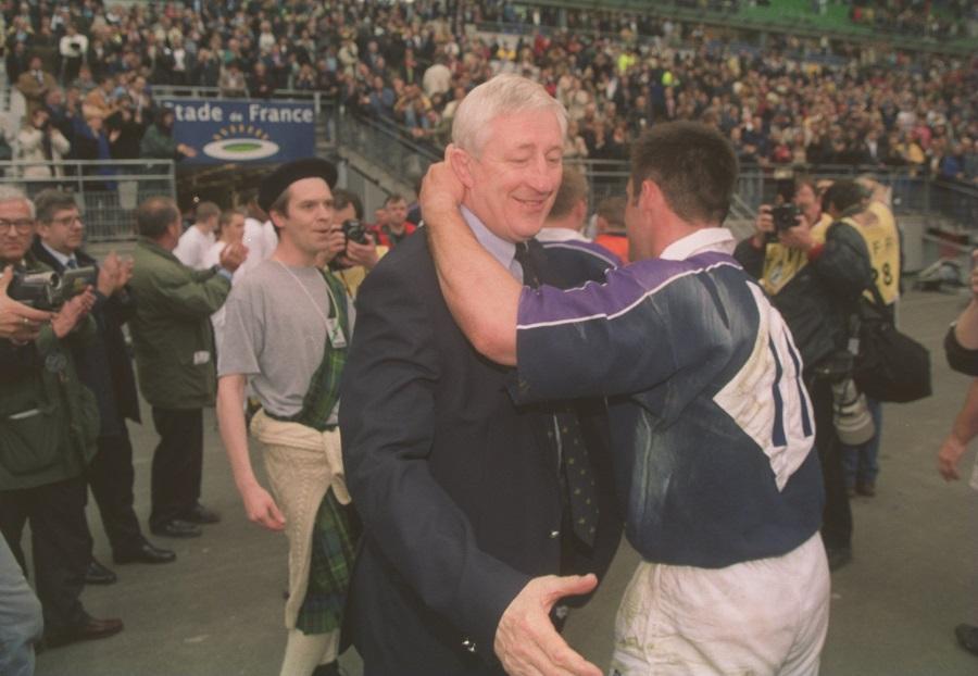 Jim Telfer congratulates Kenny Logan
