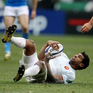 Wesley Fofana takes the ball, France v Italy, Six Nations, Stade de France, February 4, 2012