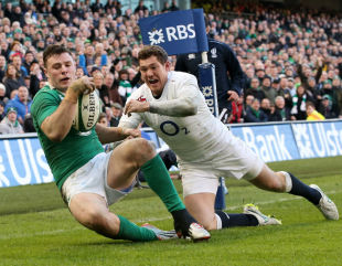 Robbie Henshaw beats Alex Goode to the high kick and scores a try for Ireland, Ireland v England, Six Nations, Aviva Stadium, Dublin, Ireland, March 1, 2014