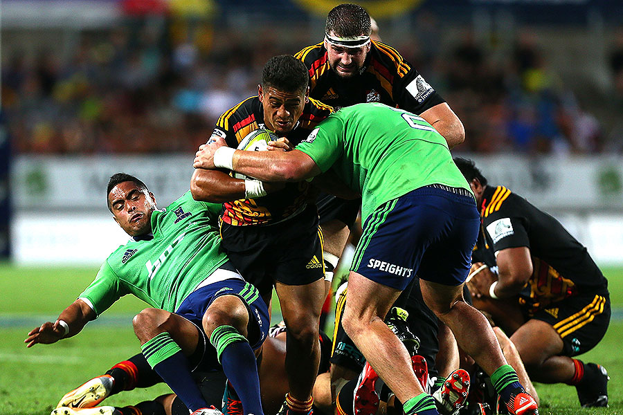 The Chiefs' Augustin Pulu takes on the defence, Chiefs v Highlanders, Hamilton, March 6, 2015