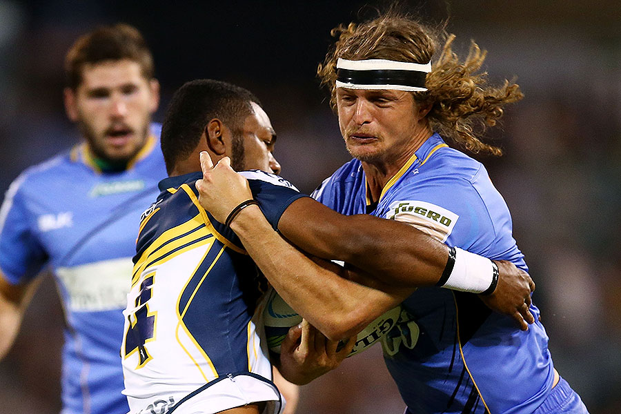 The Force's Nick Cummins takes on Henry Speight