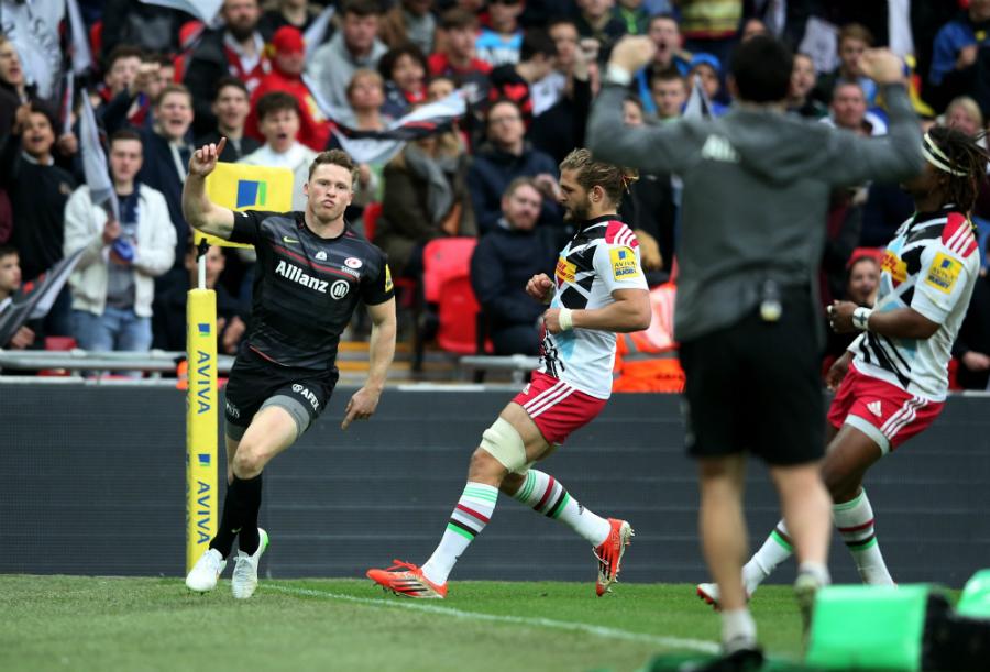 Saracens' Chris Ashton celebrates his try