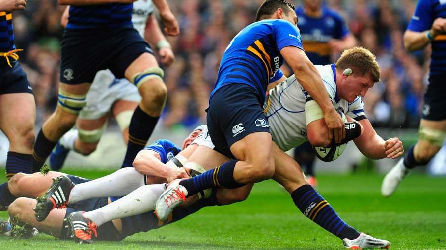 Stuart Hooper gets Bath's second try