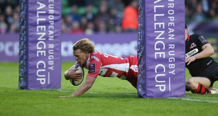 Billy Twelvetrees dives over for a try