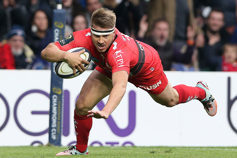 Toulon's Drew Mitchell goes over for a try